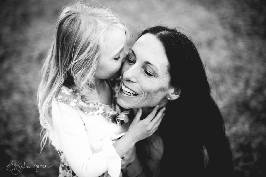 North Vancouver Family Photographer - Emmy Lou Virginia Photography-14.jpg