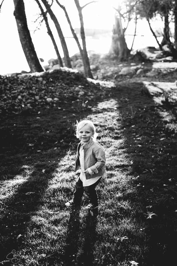 North Vancouver Family Photographer - Emmy Lou Virginia Photography-24.jpg
