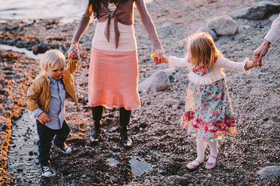 North Vancouver Family Photographer - Emmy Lou Virginia Photography-28.jpg