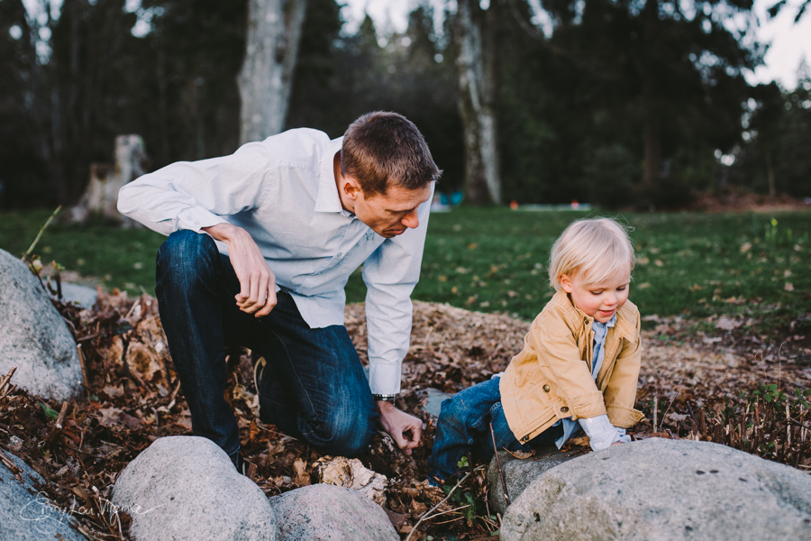 North Vancouver Family Photographer - Emmy Lou Virginia Photography-31.jpg
