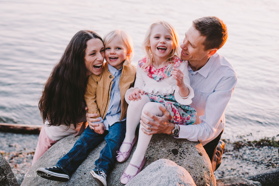 North Vancouver Family Photographer - Emmy Lou Virginia Photography-34.jpg