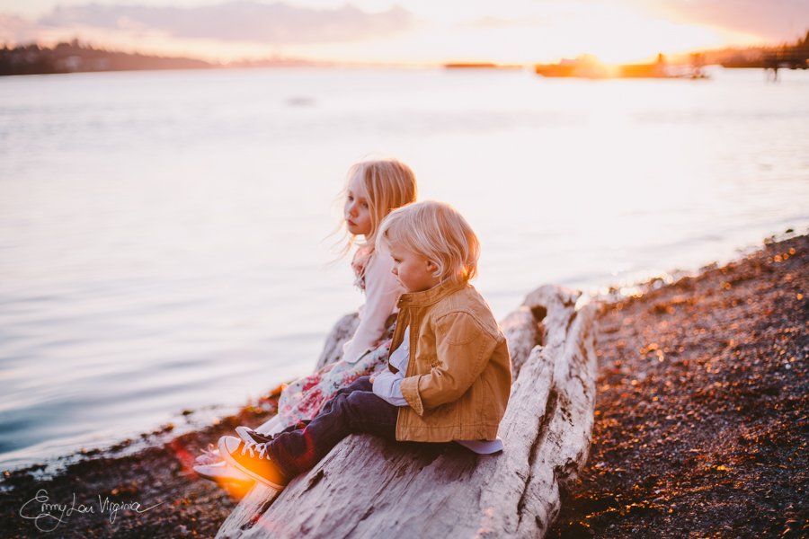 North Vancouver Family Photographer - Emmy Lou Virginia Photography-36.jpg
