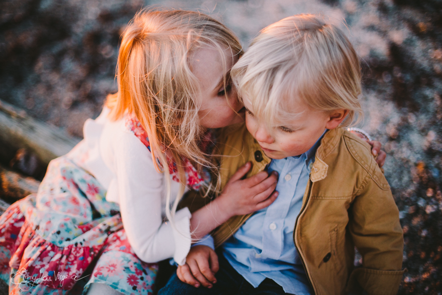North Vancouver Family Photographer - Emmy Lou Virginia Photography-38.jpg