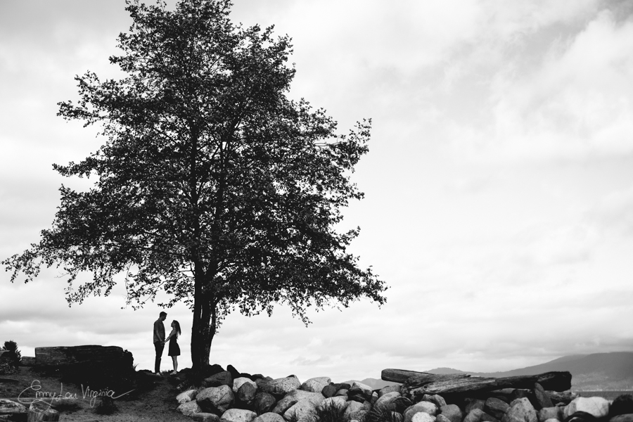 Vancouver Engagement Photographer - Emmy Lou Virginia Photography.jpg