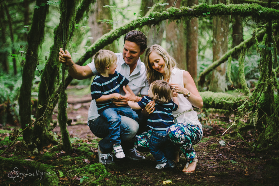 North Vancouver Family Photographer - Emmy Lou Virginia Photography-23.jpg