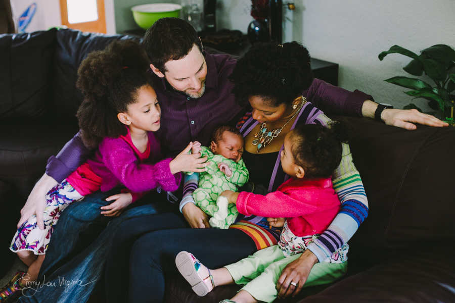 Vancouver Lifestyle Newborn Photographer - Emmy Lou Virginia Photography-3.jpg