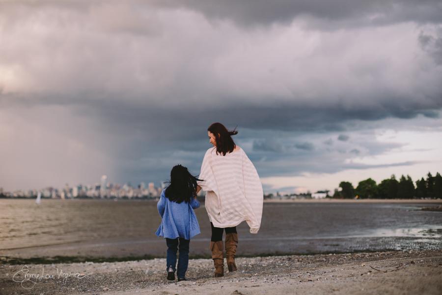 Vancouver Maternity Photographer - Emmy Lou Virginia Photography-11.jpg