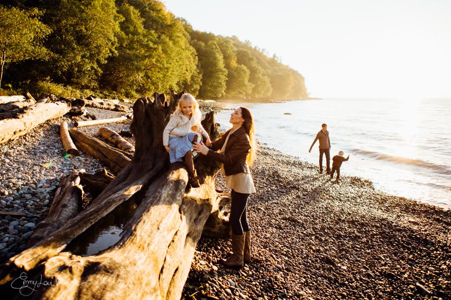 Vancouver Family Photographer - Emmy Lou Virginia Photography-20.jpg