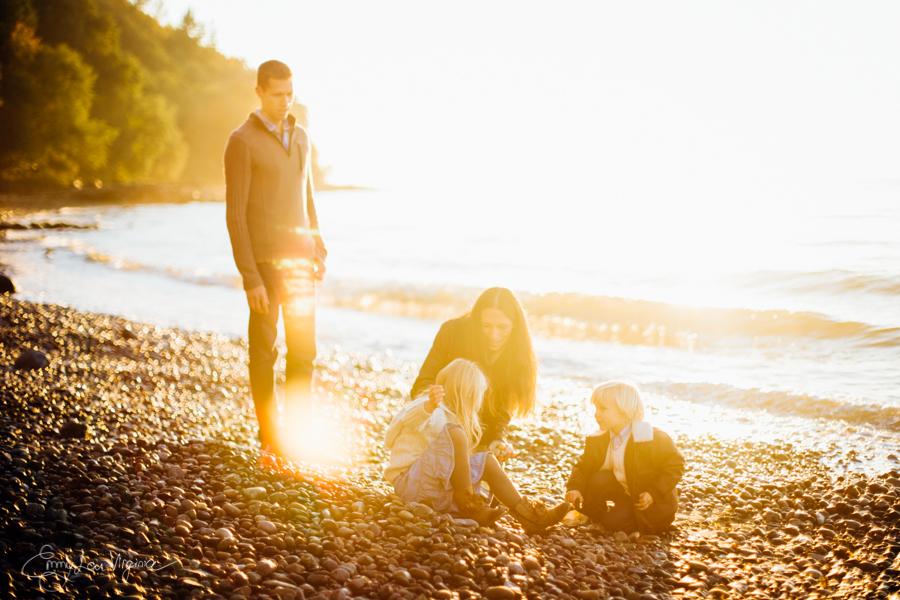 Vancouver Family Photographer - Emmy Lou Virginia Photography-27.jpg