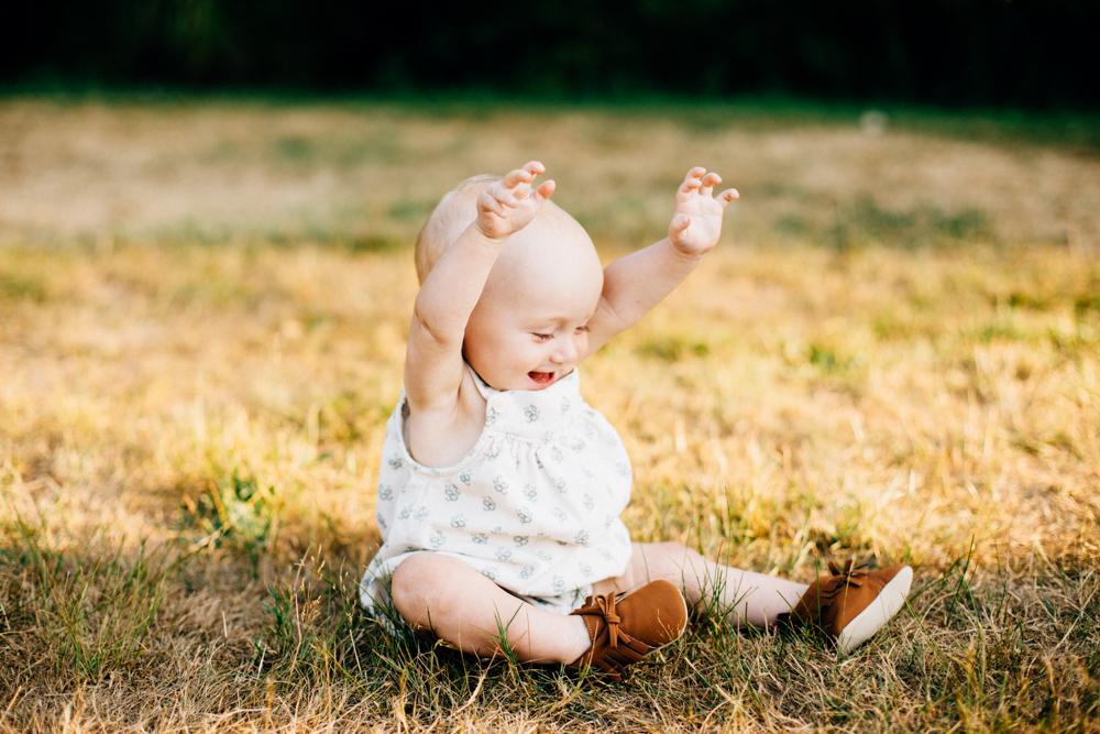 Jericho Beach Family Photographer - Emmy Lou Virginia Photography-15.jpg
