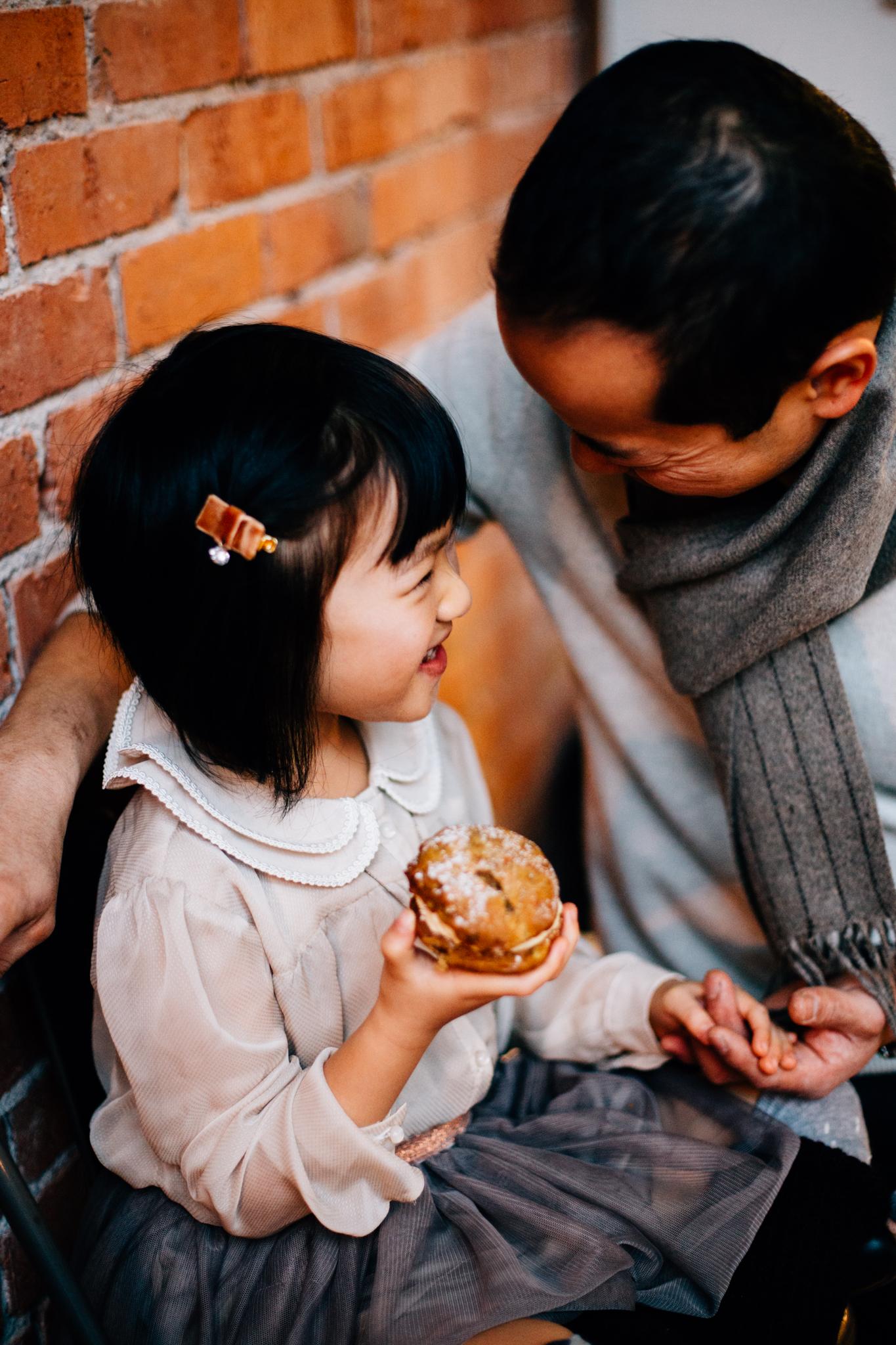 Vancouver family photographer bakery mini session-11.jpg