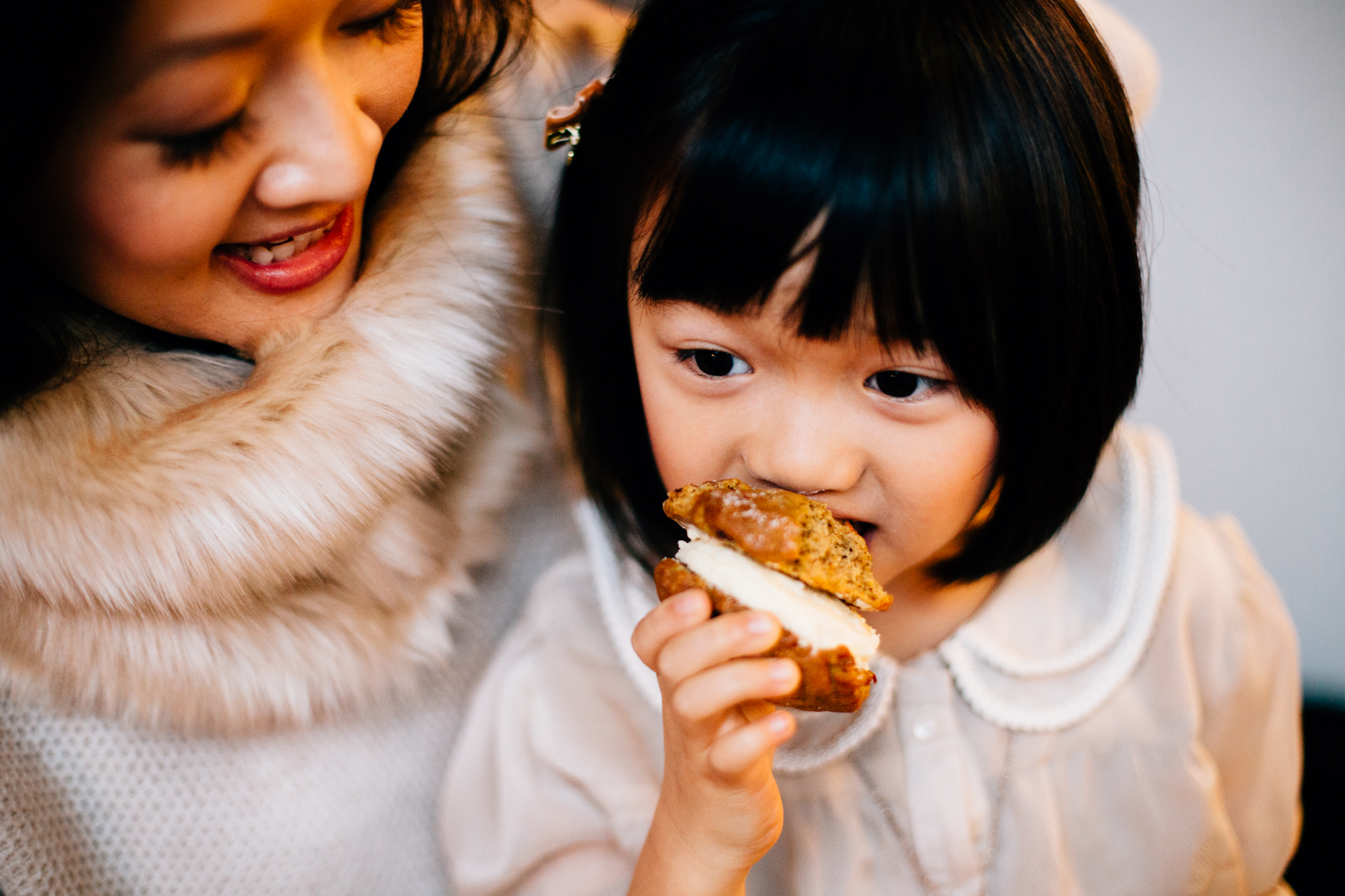Vancouver family photographer bakery mini session-12.jpg