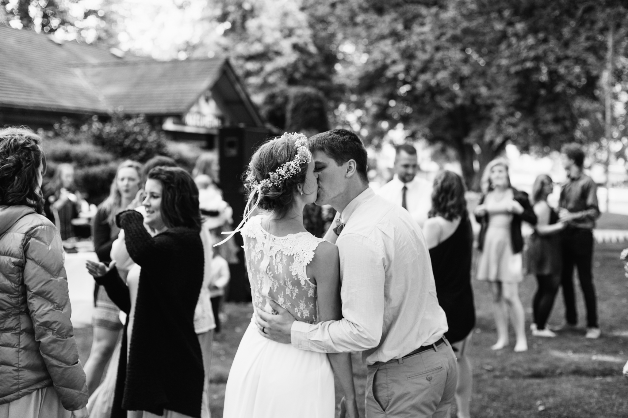 Vancouver Love Story Photographer - Emmy Lou Virginia Photography-68.jpg