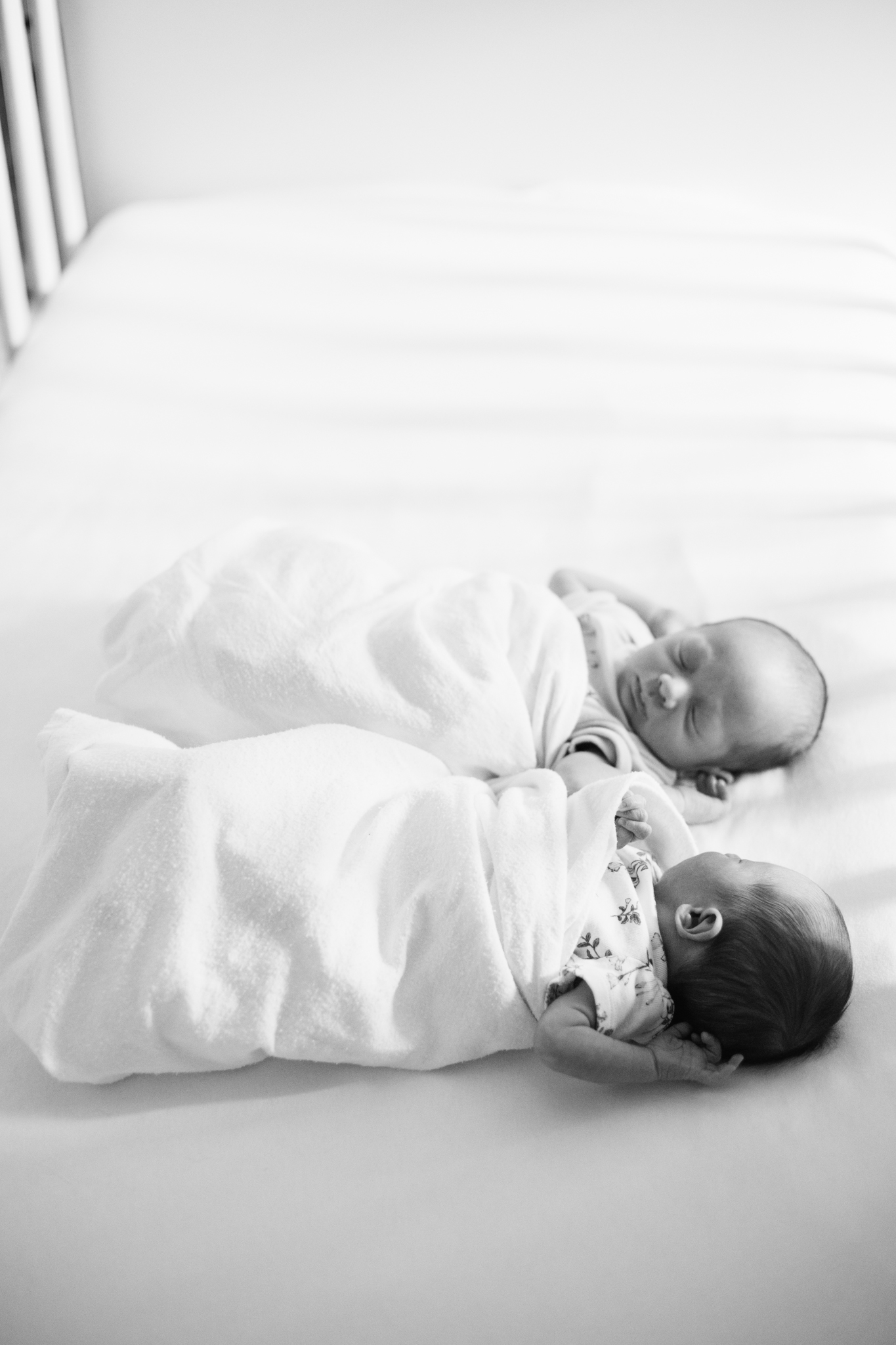 Vancouver In-home lifestyle newborn photographer-4.jpg