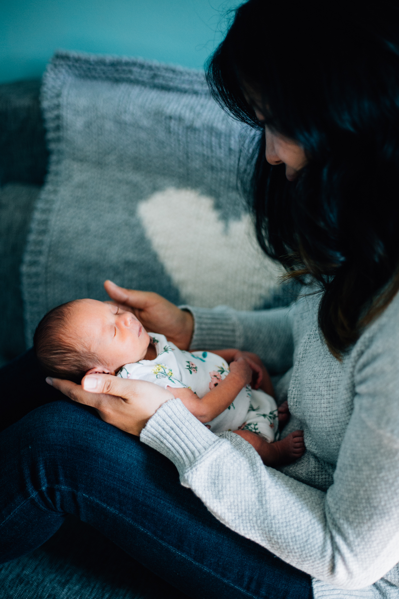 Vancouver In-home lifestyle newborn photographer-48.jpg