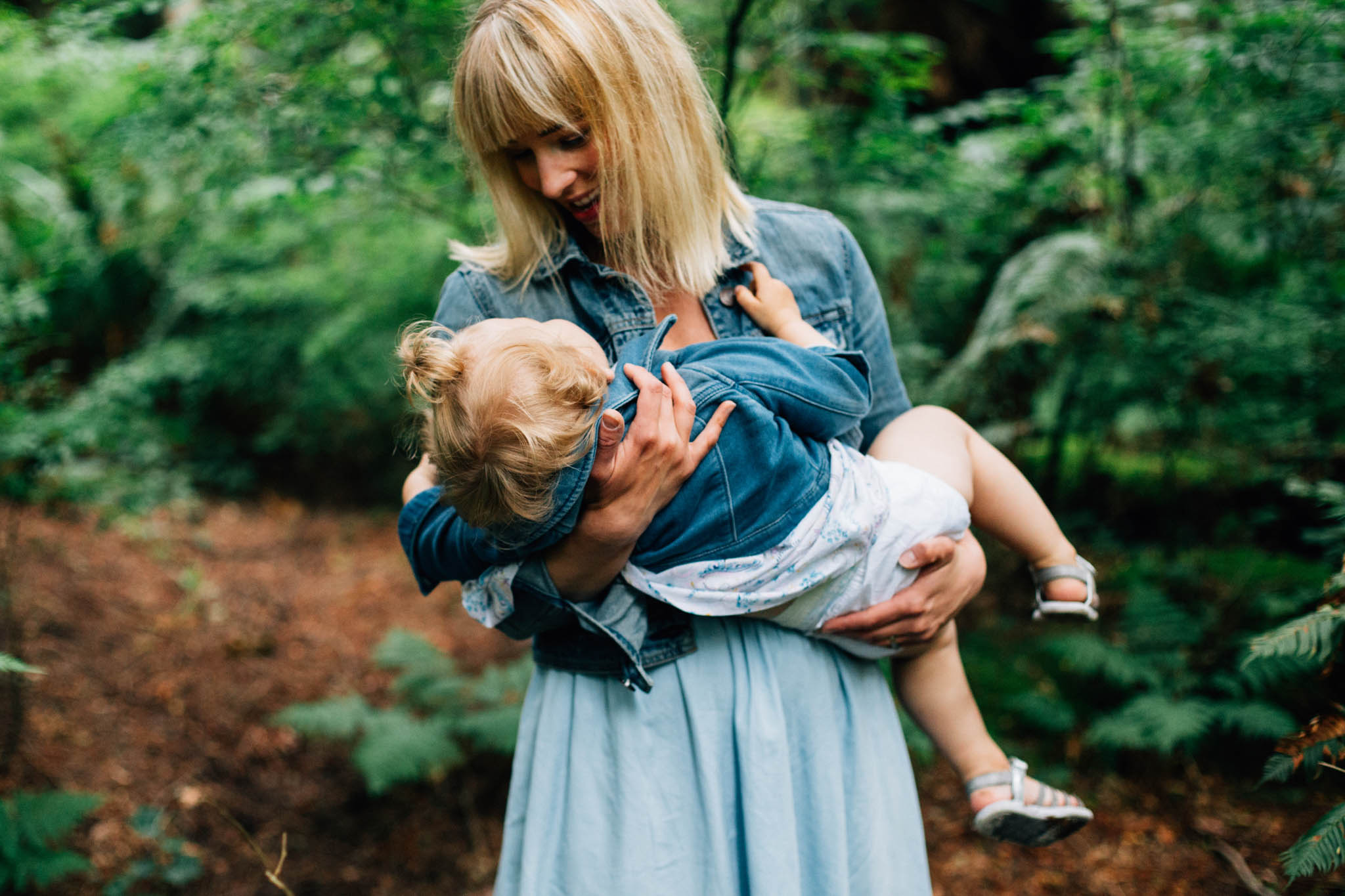 Stanley Park lifestyle family photographer - Emmy Lou Virginia Photography-5.jpg