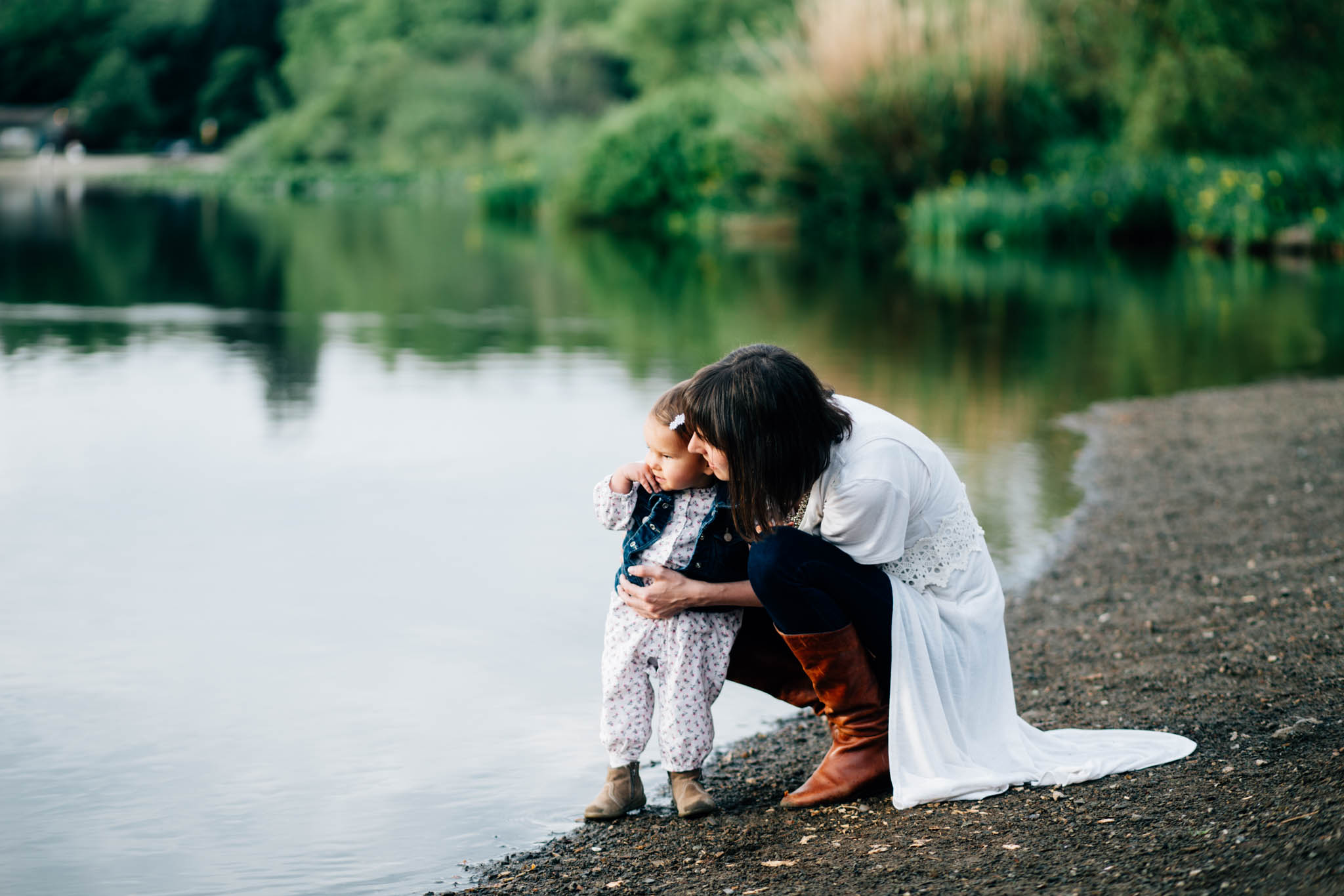 Trout Lake mother daughter family photographer - Emmy Lou Virginia Photography.jpg