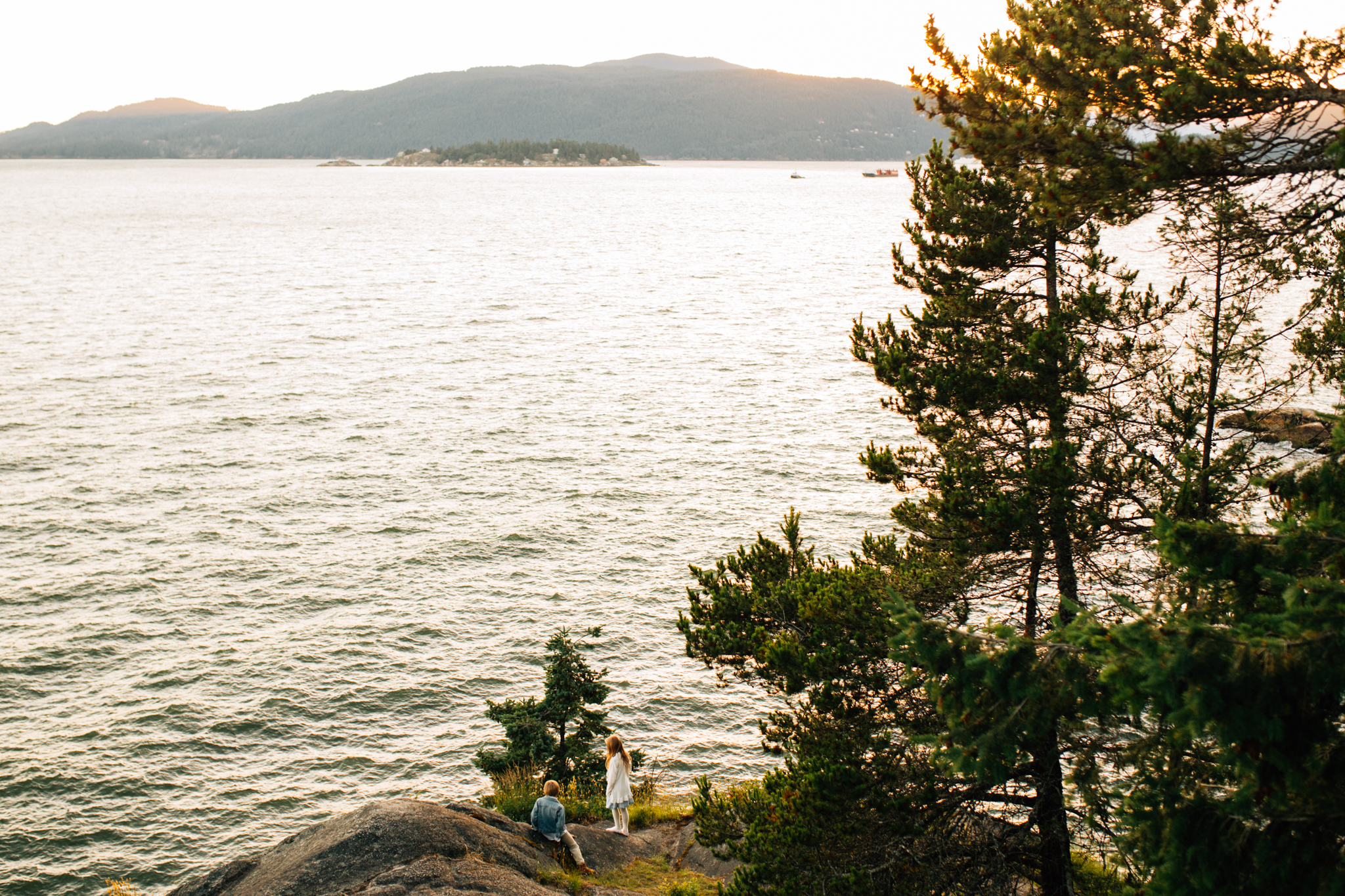 Lighthouse Park Family Photographer West Vancouver -Emmy Lou Virginia Photography-15.jpg