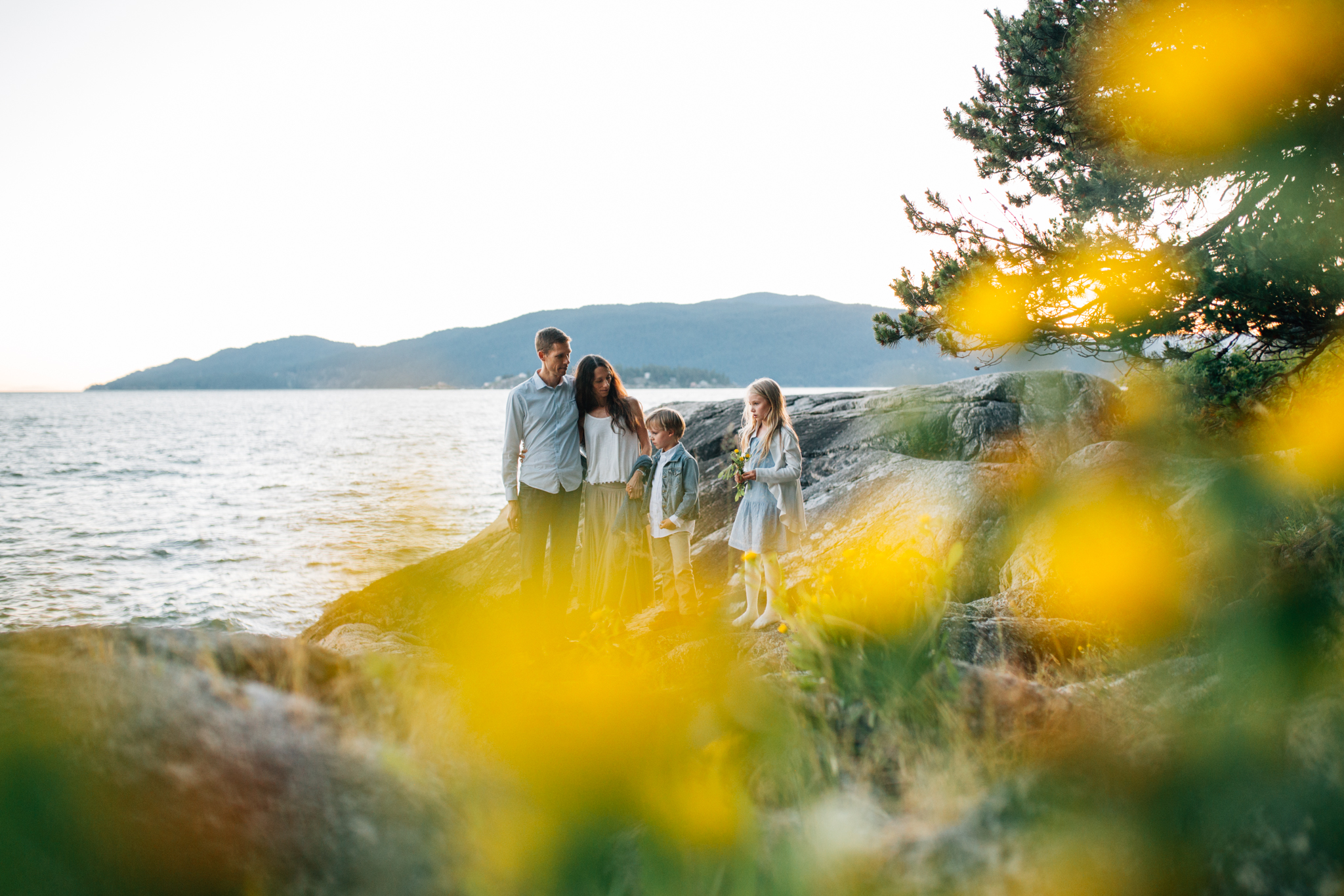 Lighthouse Park Family Photographer West Vancouver -Emmy Lou Virginia Photography-16.jpg