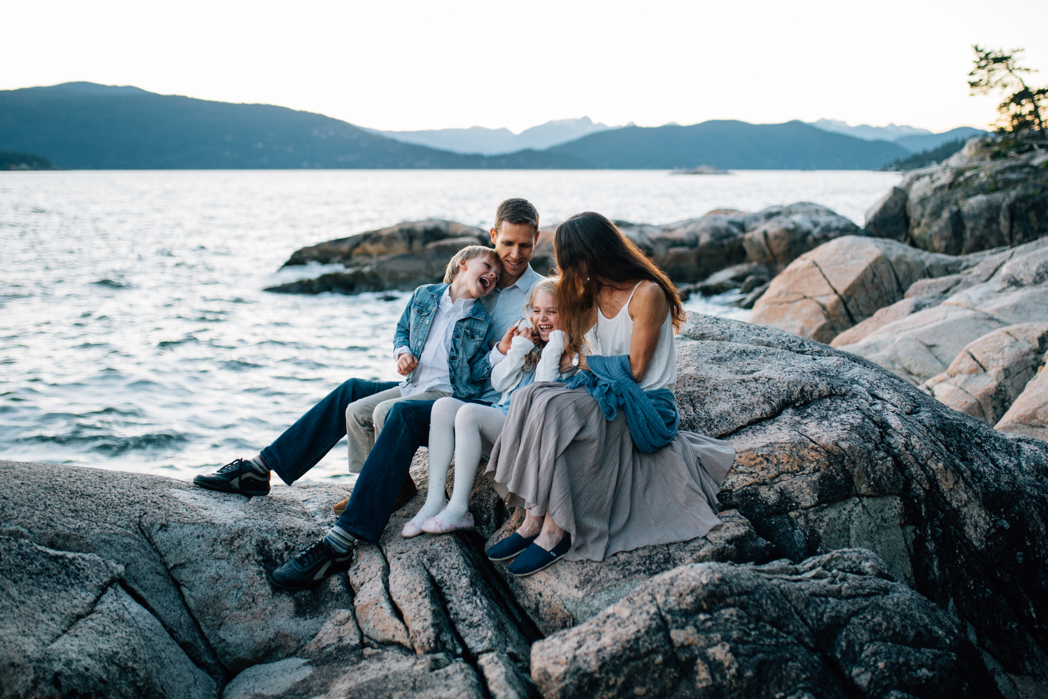 Lighthouse Park Family Photographer West Vancouver -Emmy Lou Virginia Photography-19.jpg