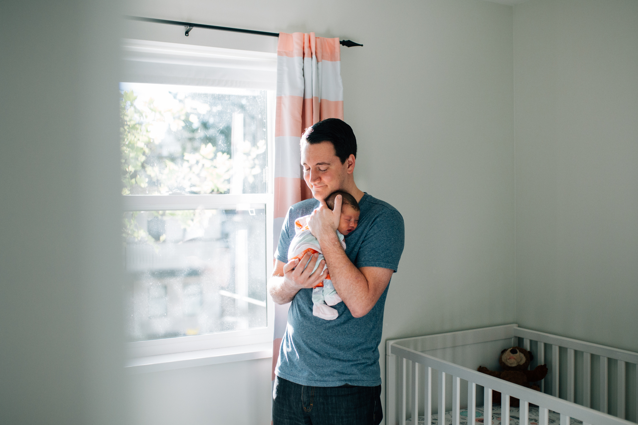 Vancouver At Home Newborn Photographer - Emmy Lou Virginia Photography-4.jpg