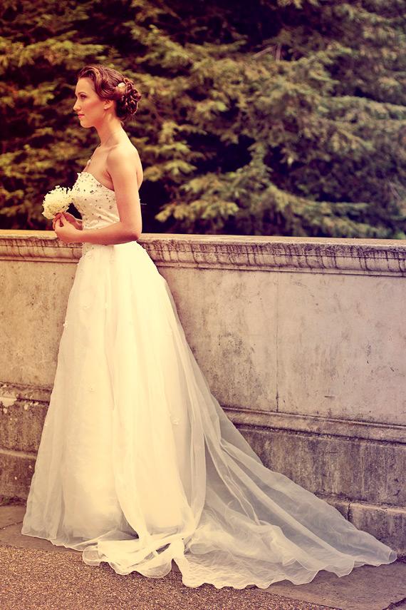Wedding vintage updo and bridal make-up