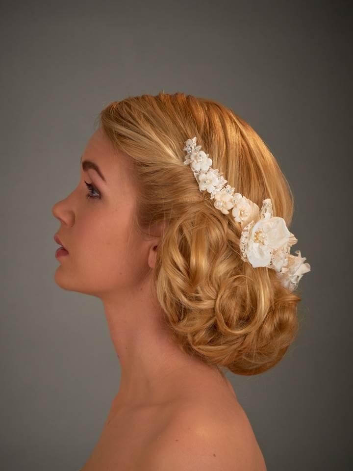 Boho relaxed bridal hair style and make up
