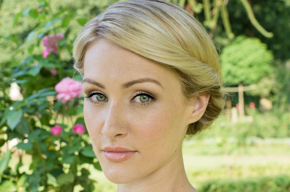 Beautiful Bridal Make-up and Tips by Alicia.