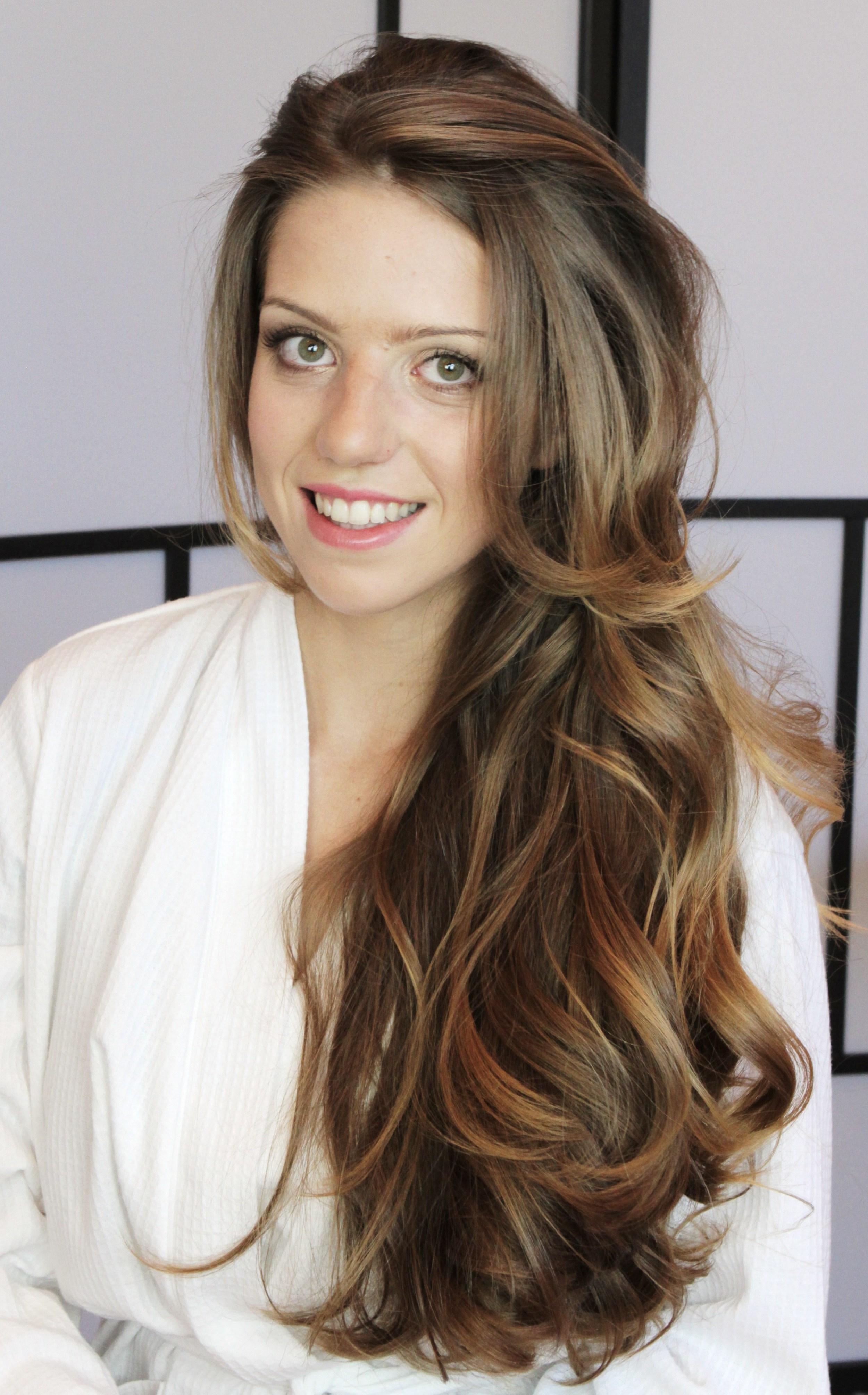 Beautiful bridal hair and make-up.jpg