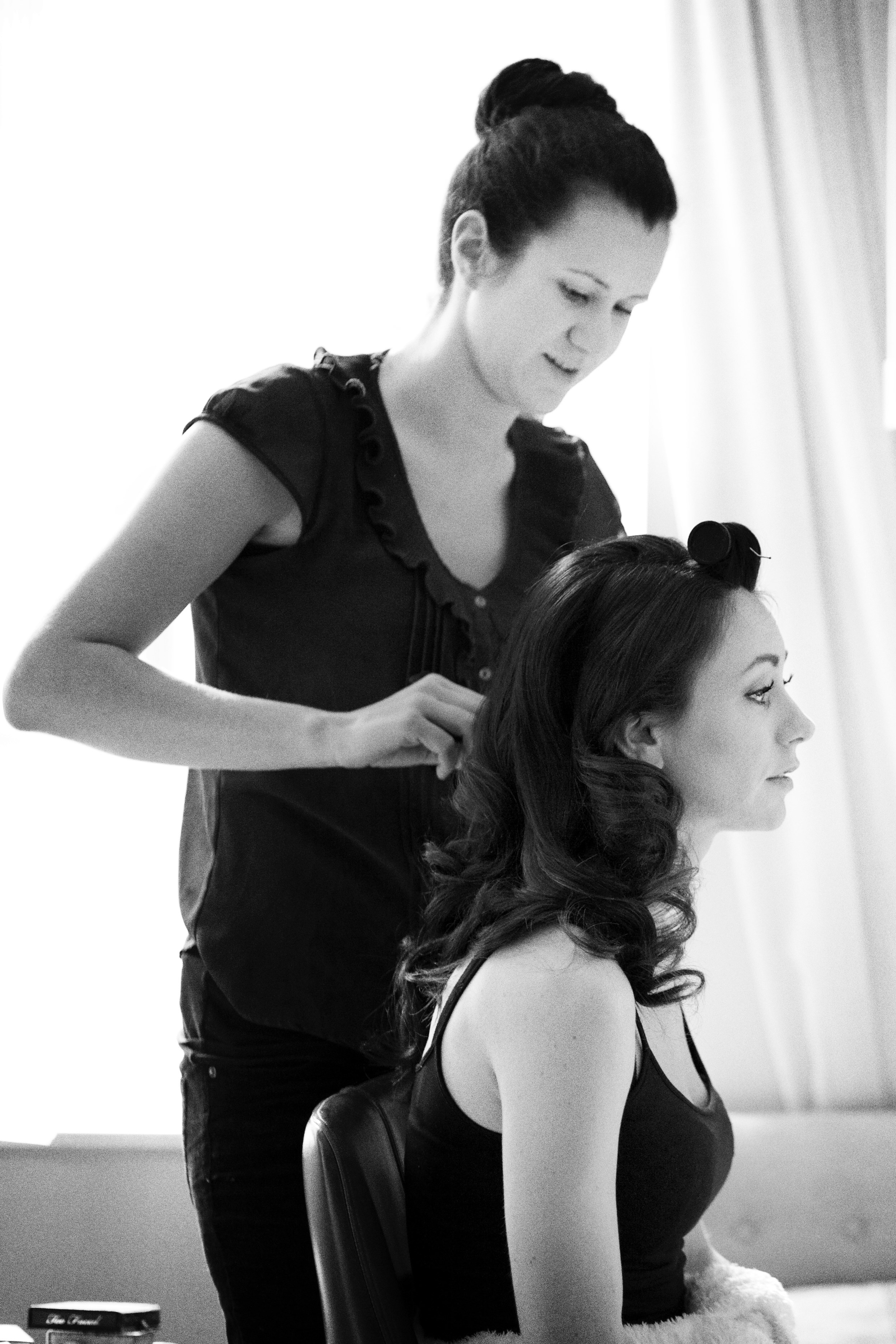 Vintage waves and classic make-up for Bianca's wedding at the palatial St Pancras Renaissance Hotel, Kings Cross