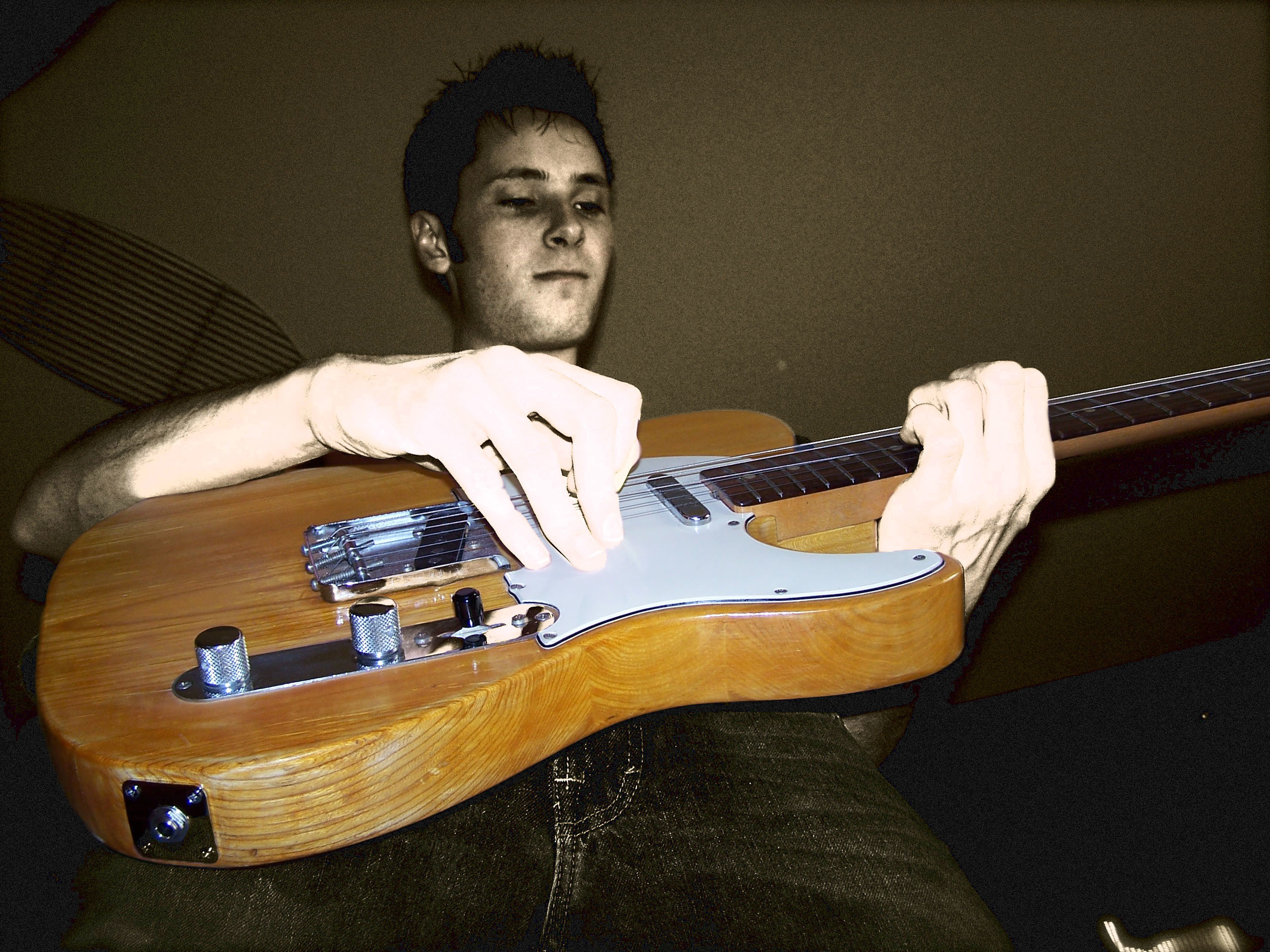 Guitar - BW&Color.jpg