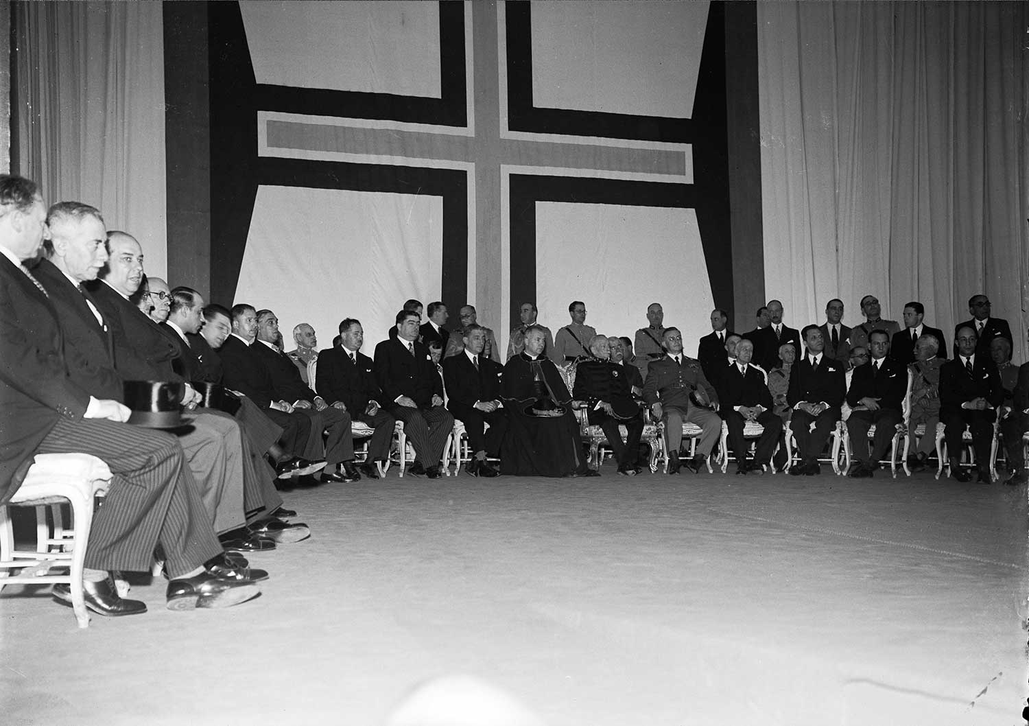 1940 EXPOSITION OF THE PORTUGUESE-SPEAKING WORLD  Photo: Studio Mário Novais, 1940, Lisbon  Biblioteca de Arte da Fundação Calouste Gulbenkian [CFT164_01169]