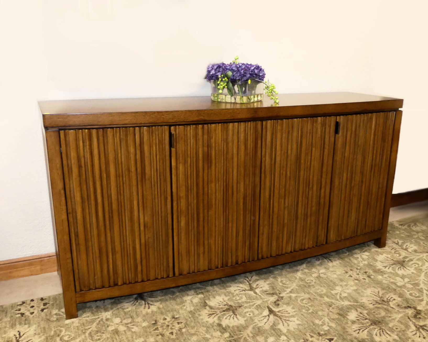 SOLD  Lexington Tommy Bahama Island Fusion Sapporo Buffet