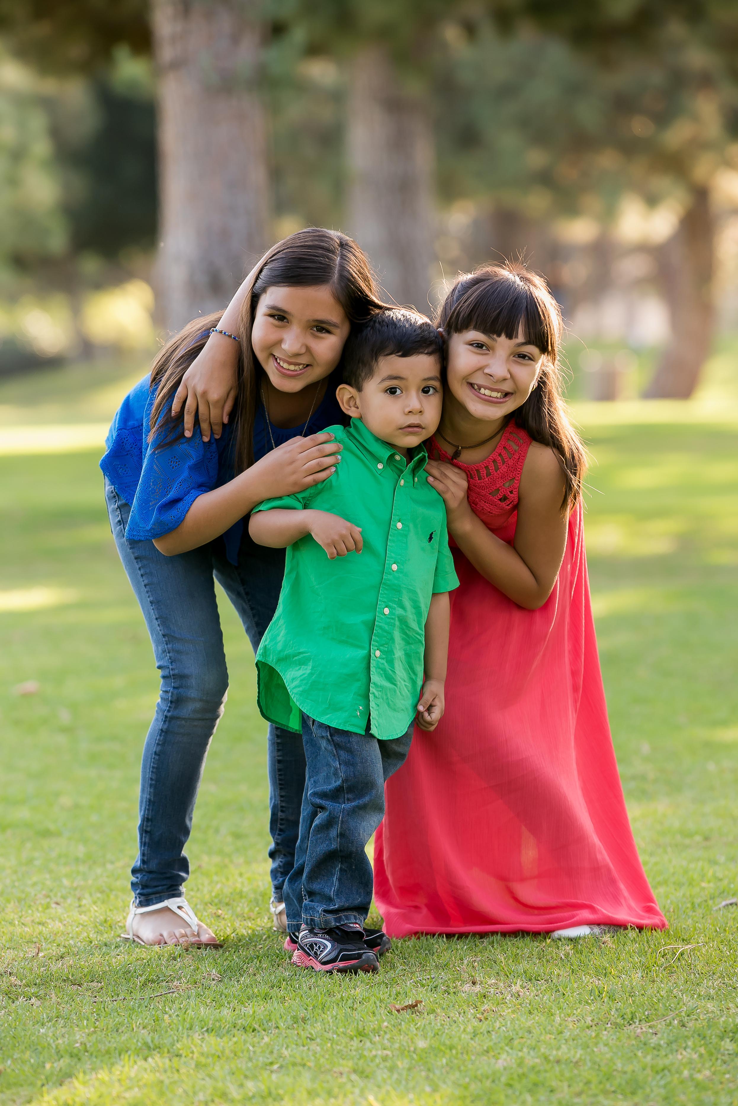 Fuentes-Estrada-Family_040.jpg