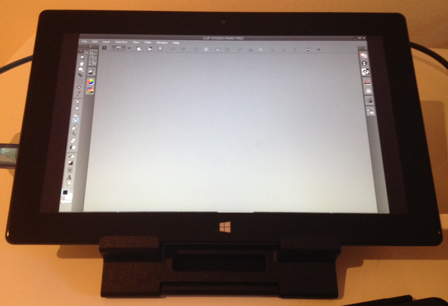 On the Surface Pro screen above, note how the color is uniform from top of the display to the bottom.