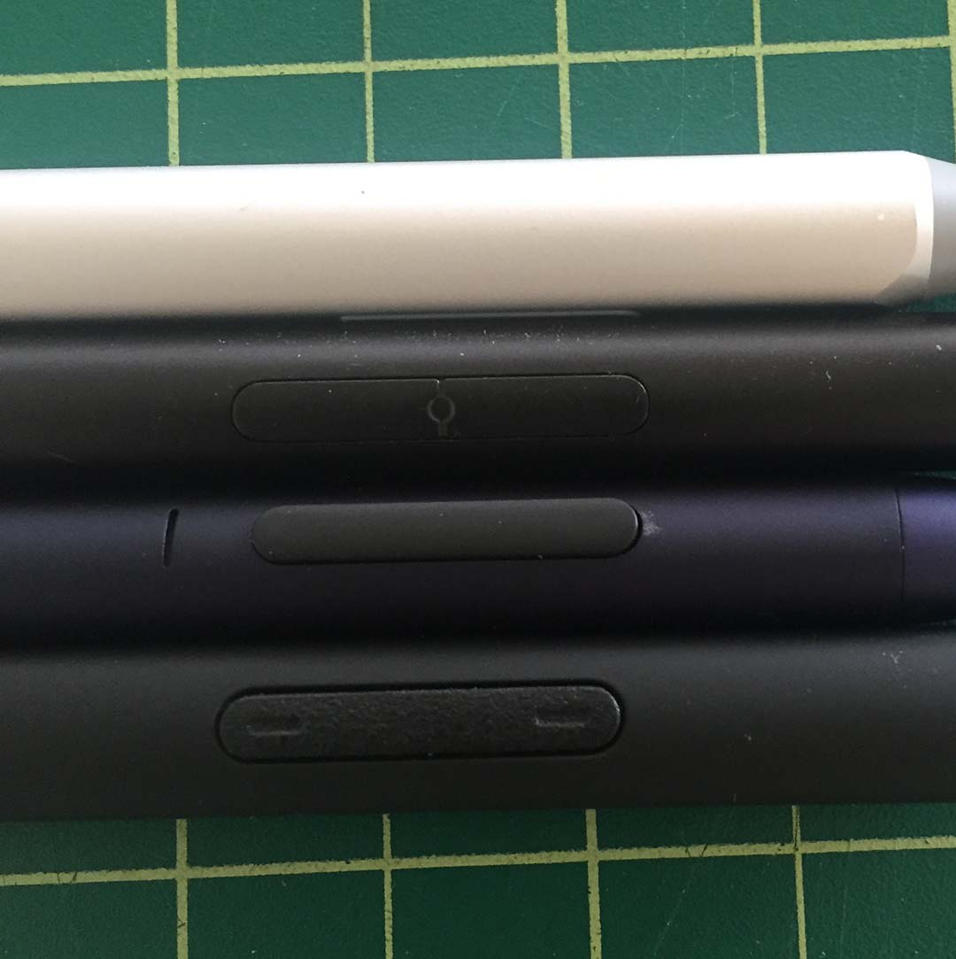 The side buttons of the Nuvision Digital Pen (second from the top) are so snug to the barrel that they're difficult to make out visually or by touch. The buttons are much more pronounced on the Adonit Ink and Wacom Bamboo Ink (bottom).