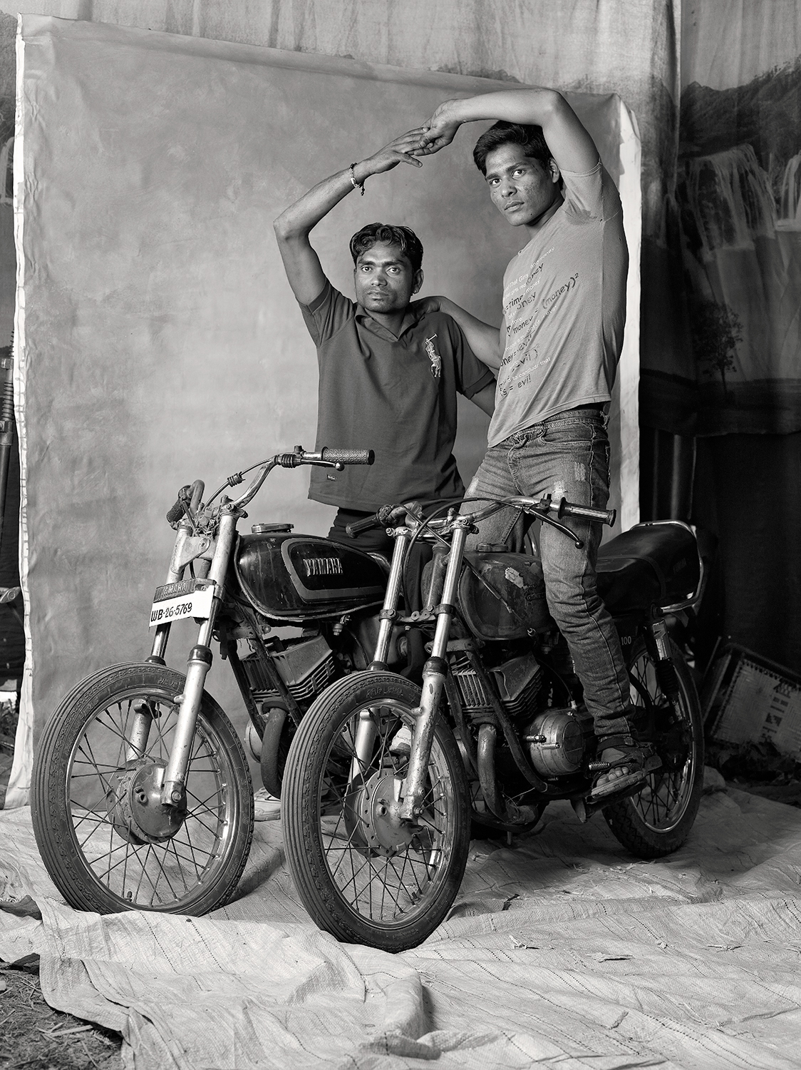 DEATH-WELL MOTORBIKE RIDERS, $40-55 WEEKLY, 2012