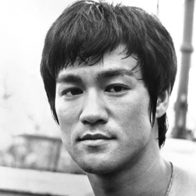 Bruce-Lee-9542095-3-402.jpg