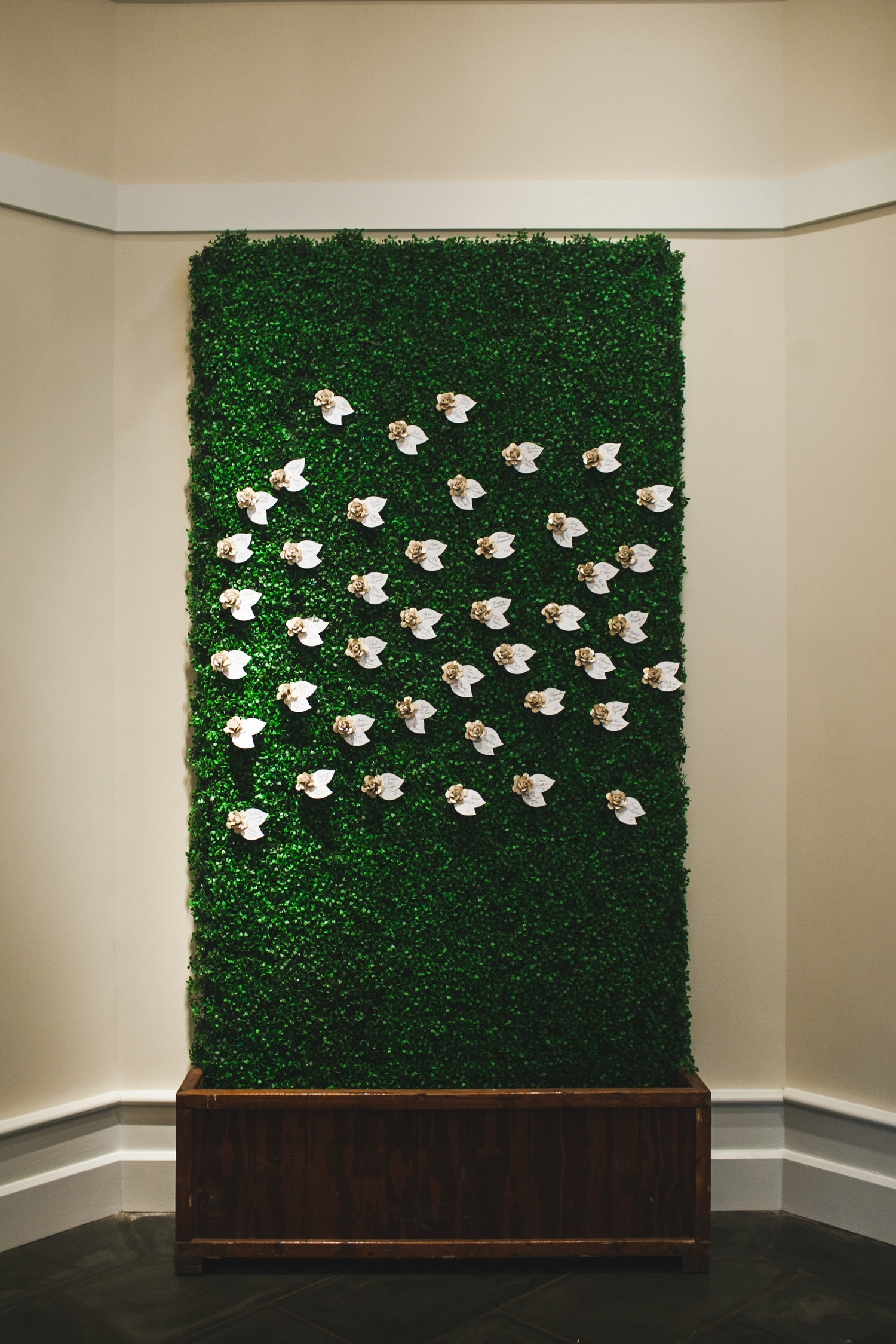 Wall of escort flowers / Photo by Morgan Trinker Photography