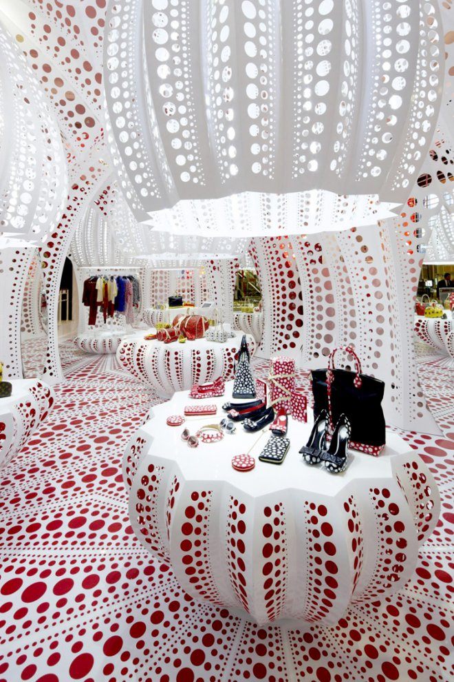 prjkt dump_1_yayoi kusama_luis vuitton pop up store_1.jpeg