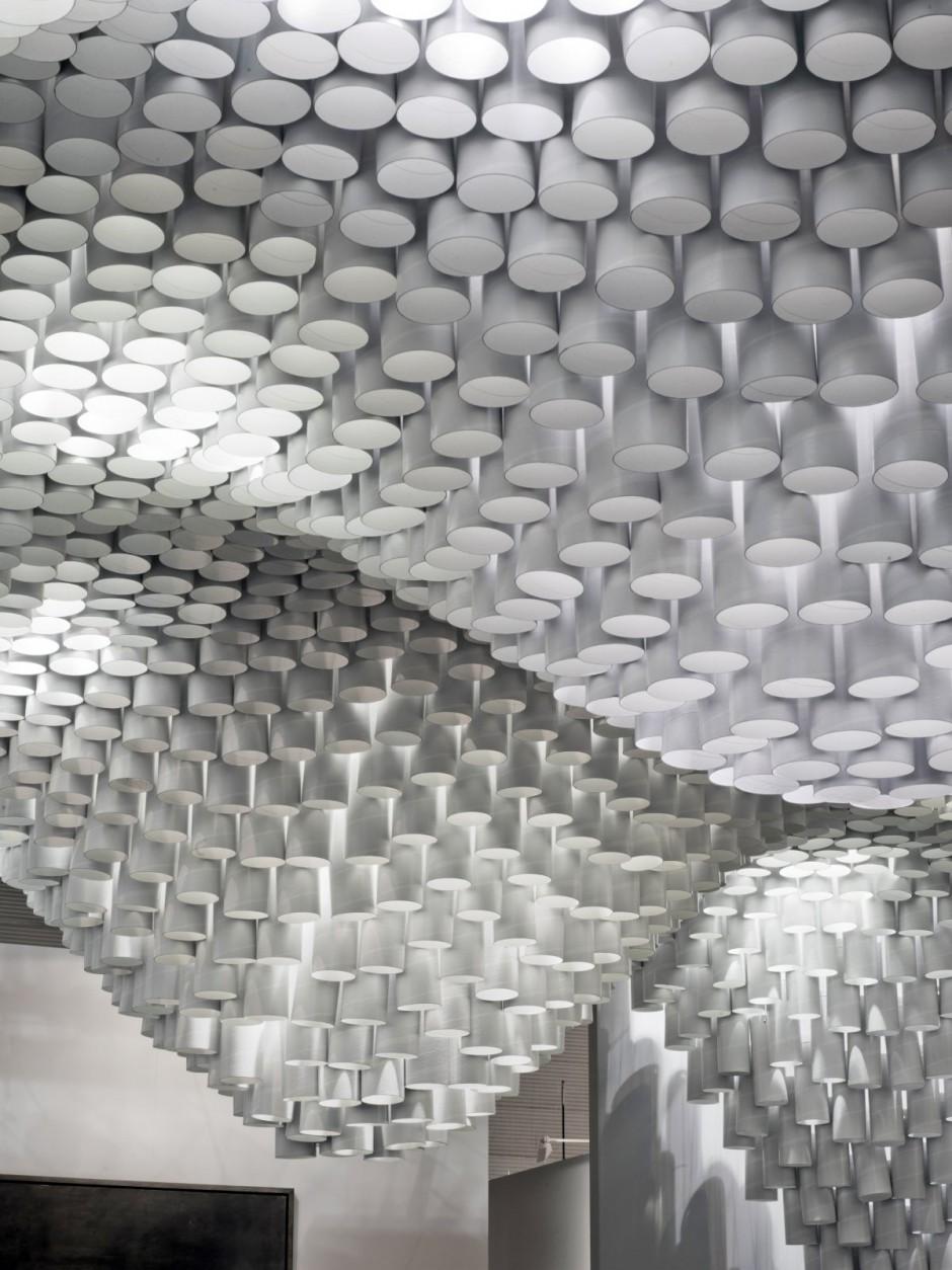 Prjkt Dump_9_Christina Parreno Arch+MIT_Paper Chandeliers_2.jpeg