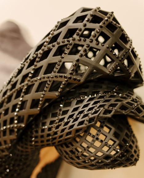 Prjkt Dump_5_Michael Schmidt+Francis Bitonti_3D printed dress_1.jpeg