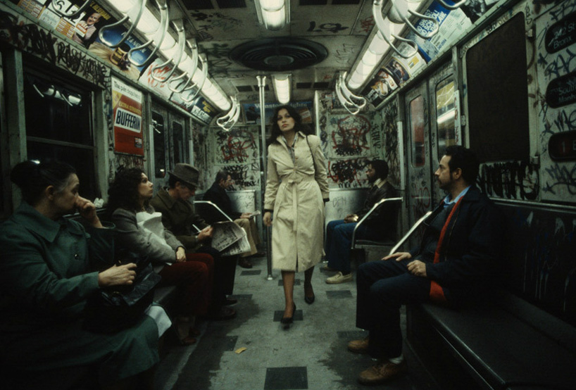 christopher-morris-photographs-the-gritty-NYC-subway-in-1981-designboom-02.jpeg