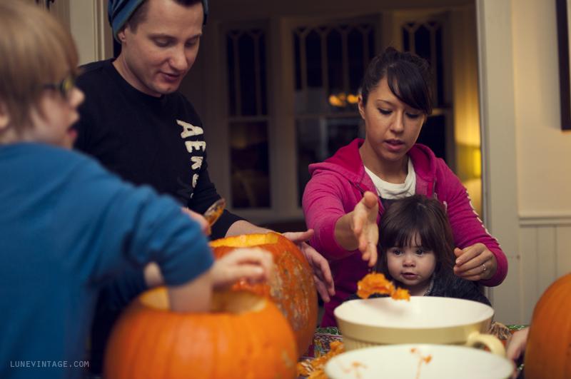 pumpkin+carving+party+lune+vintage.png