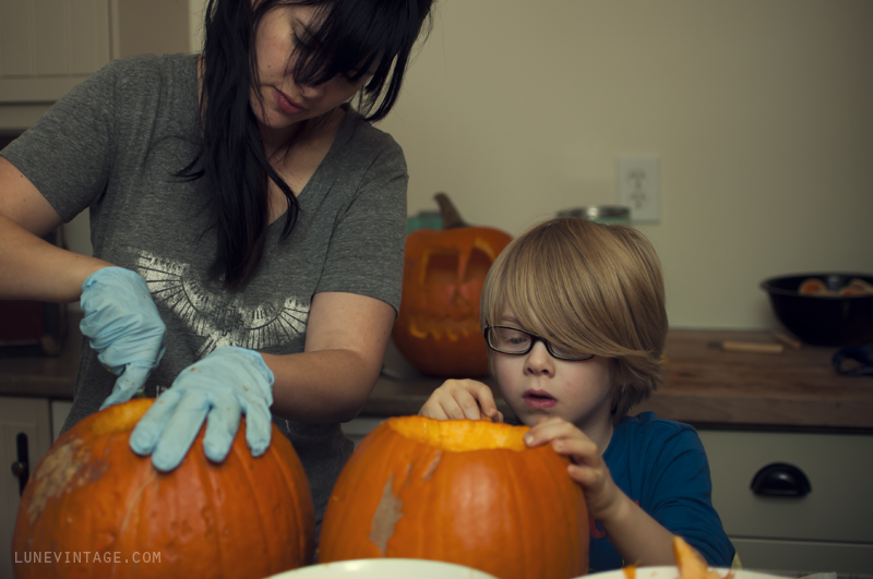 pumpkin+carving+party+lune+vintage+2.png