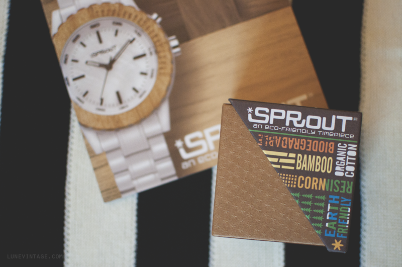 sprout+watch+lune+vintage+review+3+sm.png