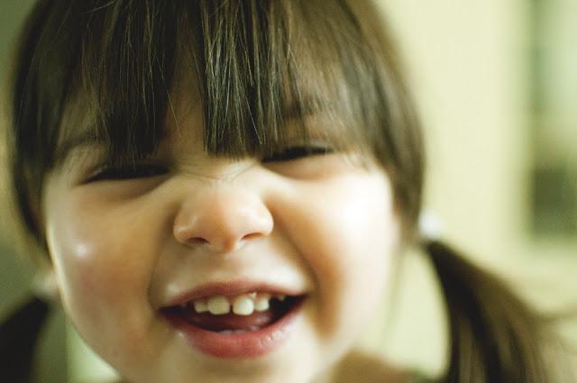 laughing+eve.jpg