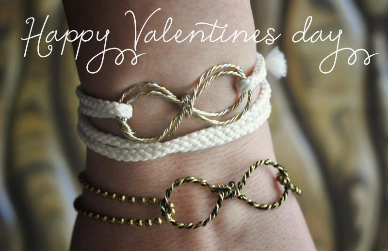 valentines+day+eternity+bracelet.jpg