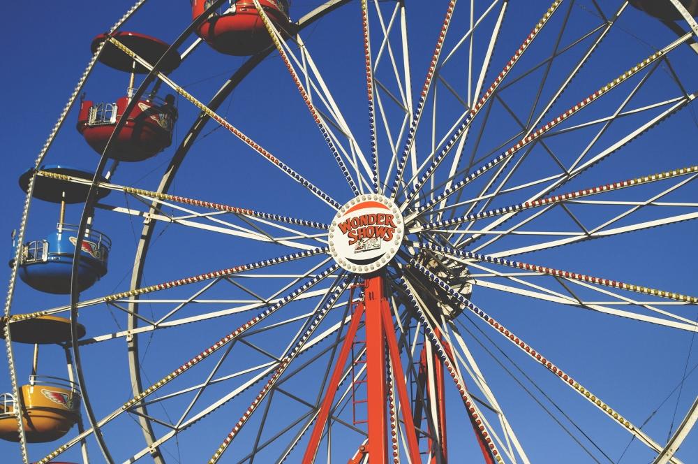 at the carnival lune vintage blog 3 (1000x664).jpg