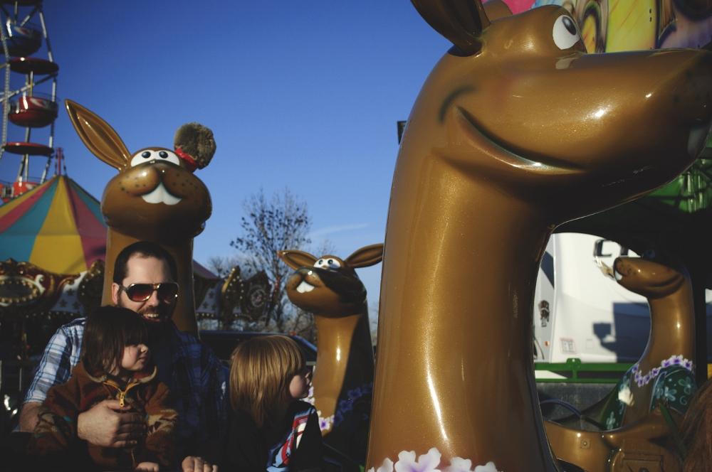 at the carnival lune vintage blog (1000x664).jpg